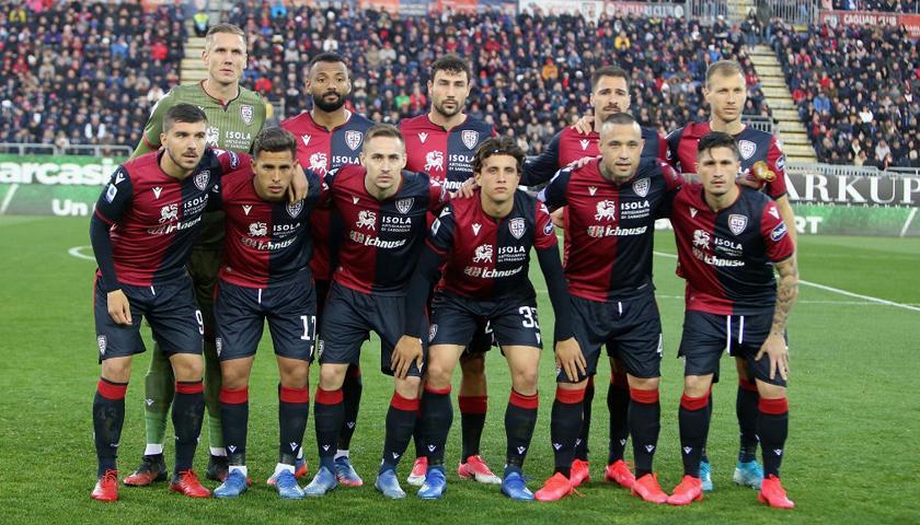 I Giocatori Del Cagliari Rinunciano A Una Mensilita Calcio Rai Sport