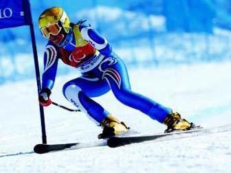 126881439761097683557 Paralimpiadi di Vancouver, Melania Corradini, medaglia d'argento nel super g porta in alto la Sportabili di Predazzo!