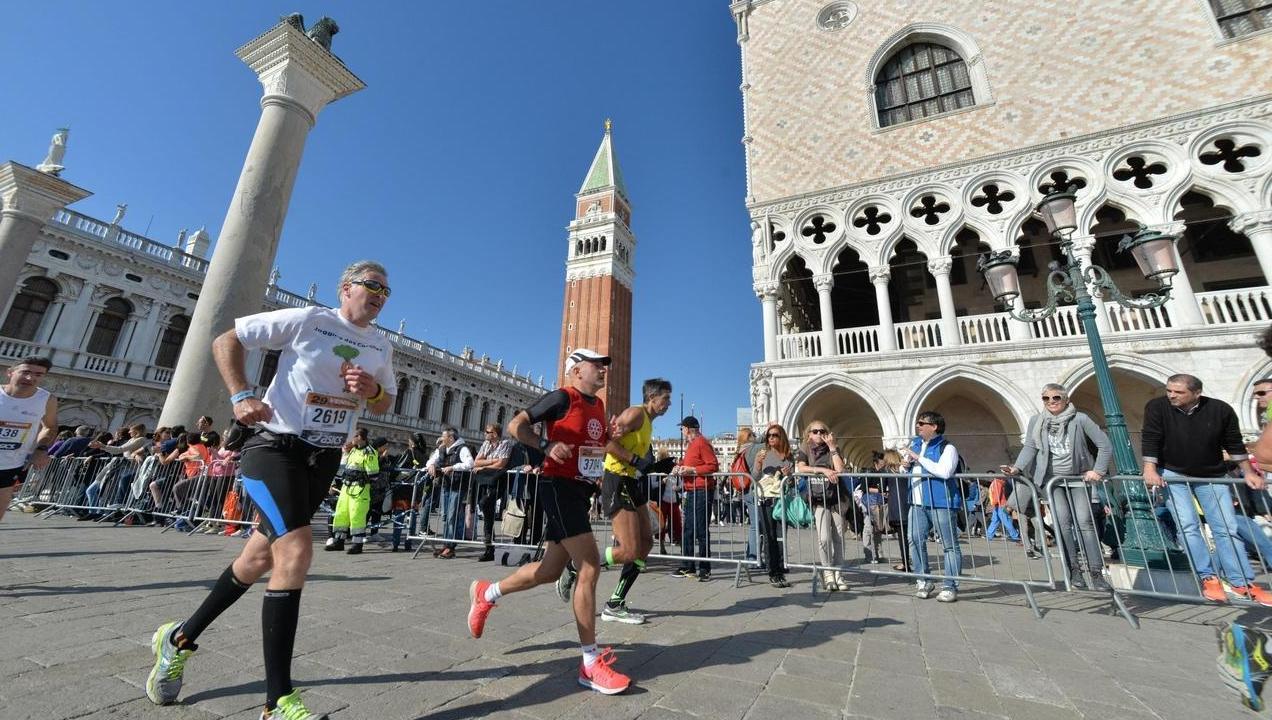 venicemarathon vince azzurro faniel altri sport raisport